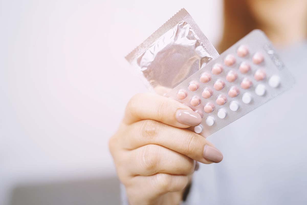 birth control pill and condom
